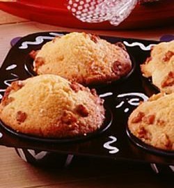 apple_cinnamon_muffins_(__cooking_with_kids)-7090